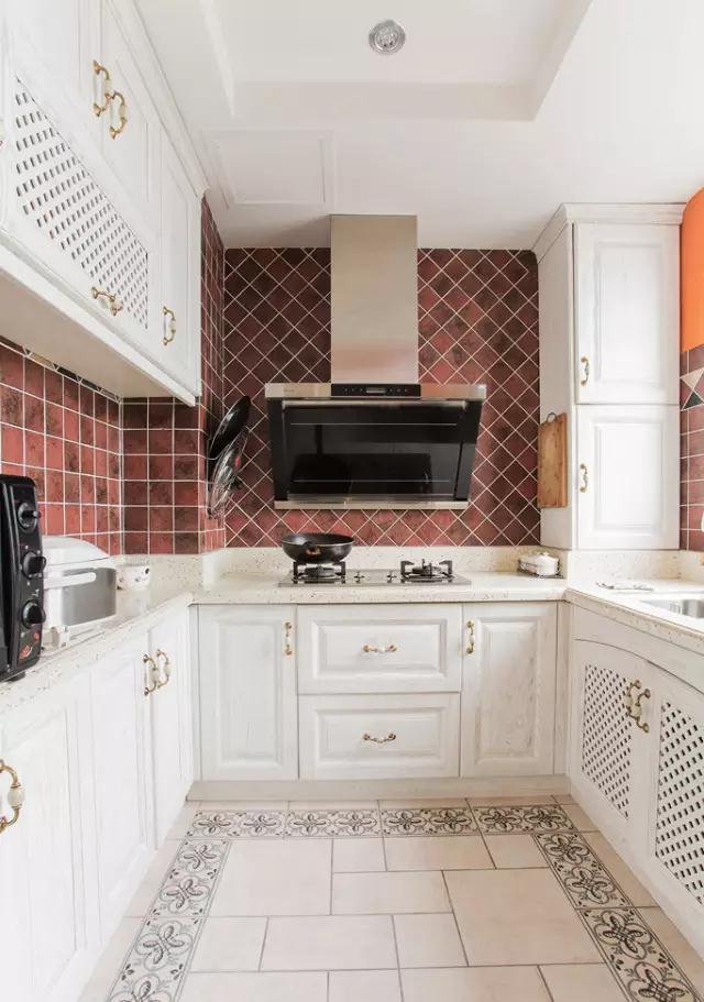 厨房装修瓷砖