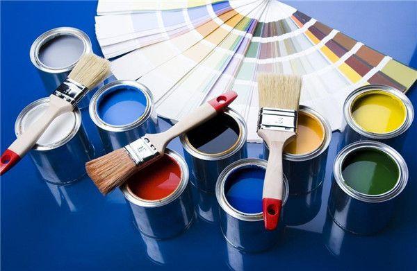 裝修施工:粉刷墻面是用滾輪粉刷還是用機器噴涂?哪種更好?