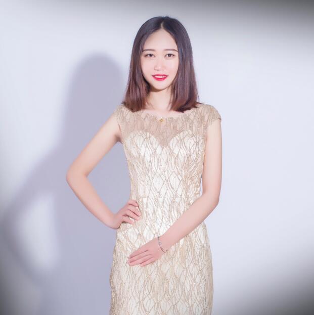 设计部经理 刘诗尧