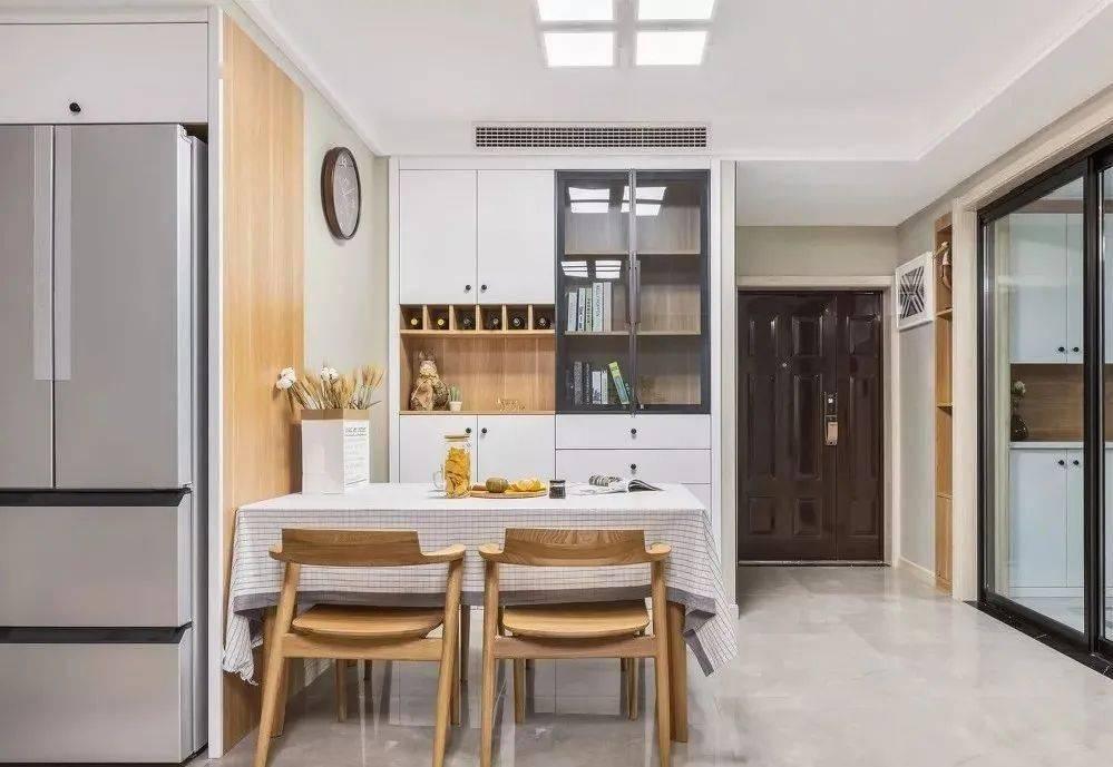 瓷砖选购攻略小技巧:铺贴地面选哪种好?亮光砖还是柔光砖
